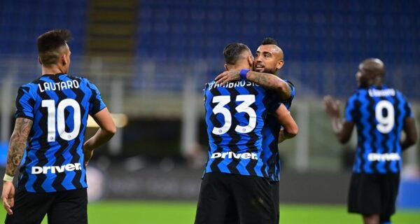 Esultanza Arturo Vidal, Inter