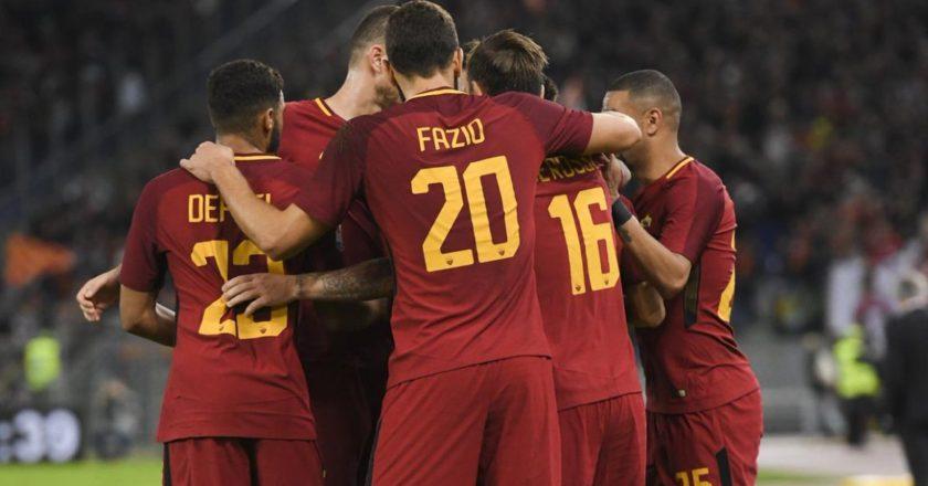 Esultanza Roma: Defrel, Fazio, Dzeko, Bruno Peres