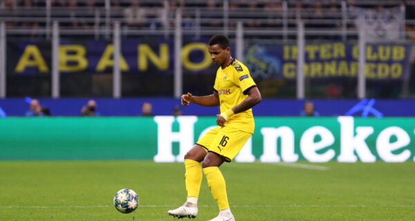 Manuel Akanji, difensore Borussia Dortmund