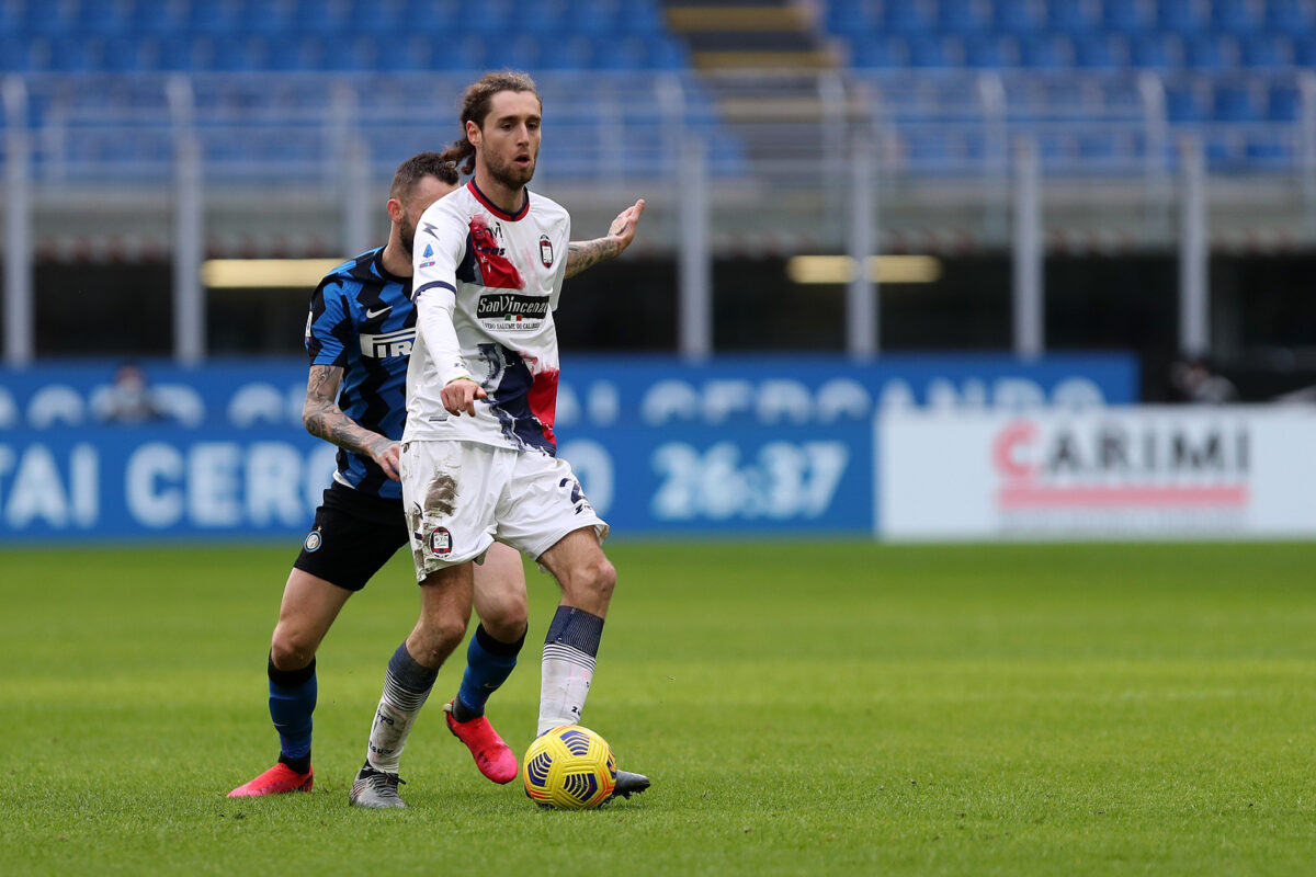 Niccolo Zanellato, centrocampista Crotone