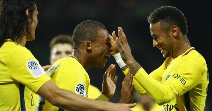 PSG: Cavani, Mbappé, Neymar.