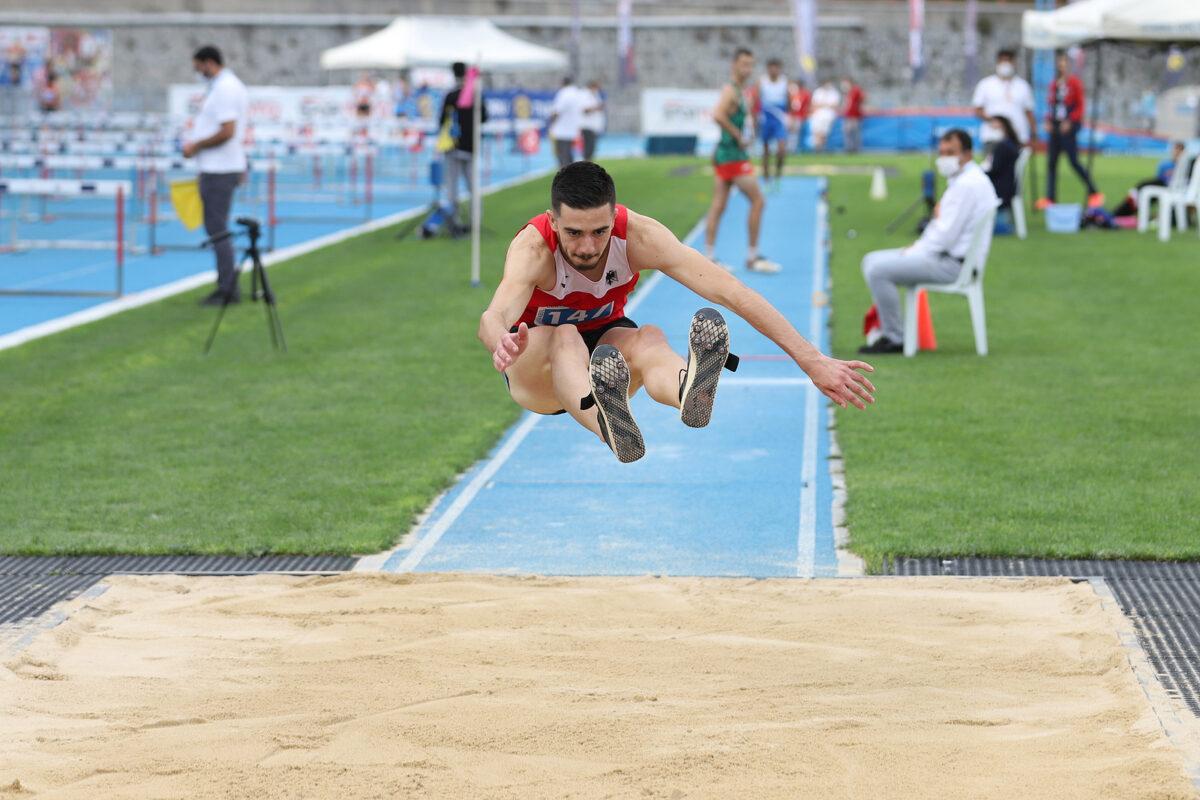 Salto in lungo - Atletica Leggera