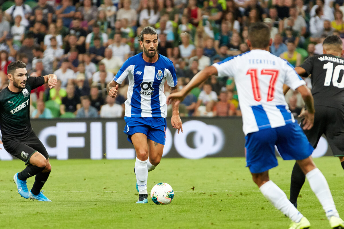 Sergio Oliveira, centrocampista Porto