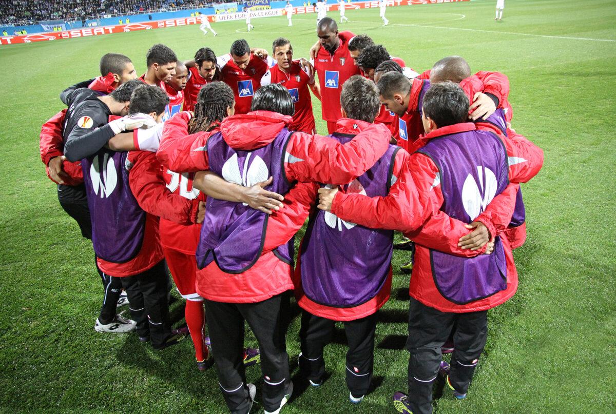 Squadra Braga in cerchio