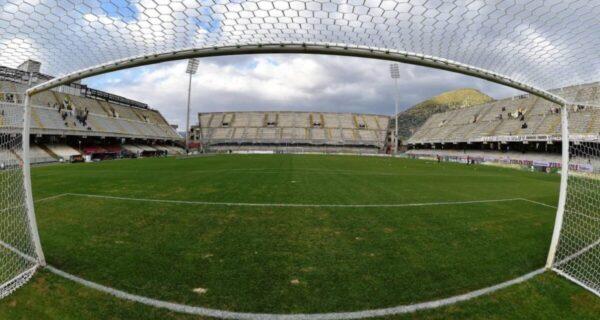 stadio Arechi, Salernitana
