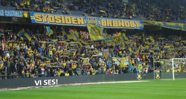 stadio e tifosi Brondby
